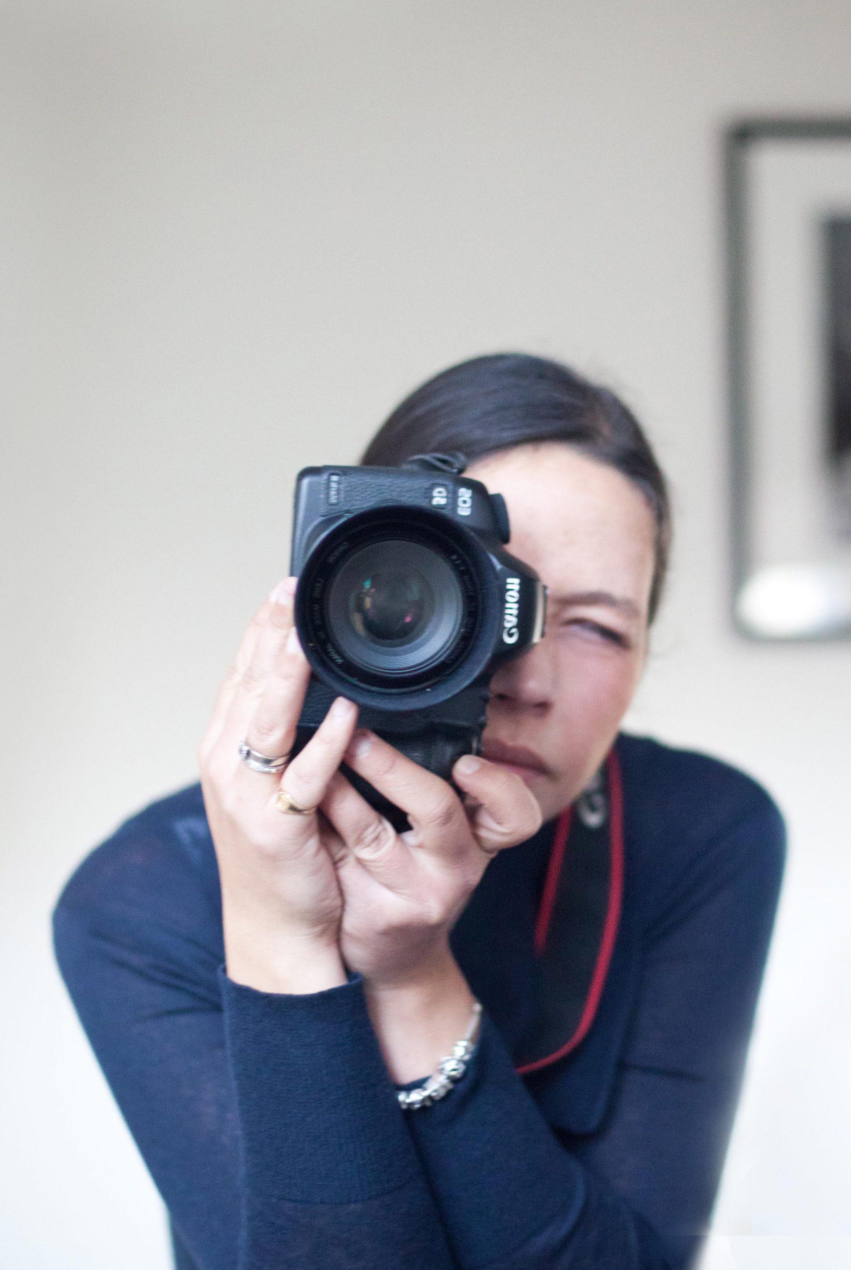 Photographe en train de prendre une photo